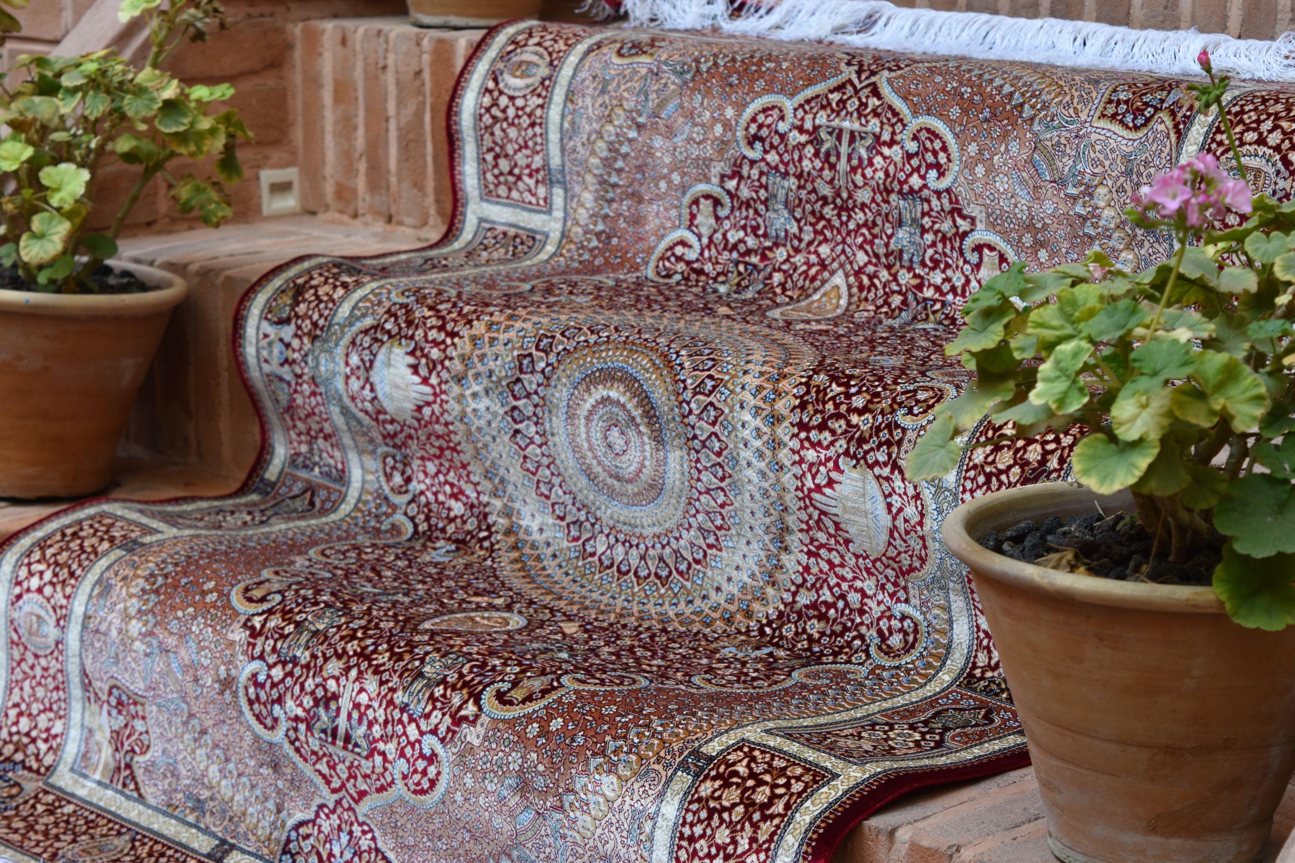 استفاده از فرش دستبافت گونه در دکوراسیون داخلی | فرش اکسیر