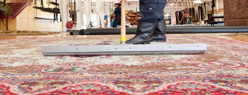 شستشوی فرش ابریشم | شرکت فرش اکسیر