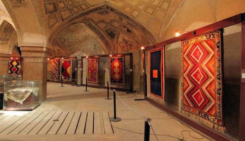 موزه فرش ایران | شرکت فرش اکسیر